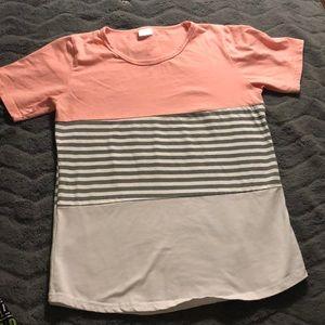 Tops - Women's classic scoop neck t-shirt